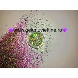 Fulgi de gheata multicolori